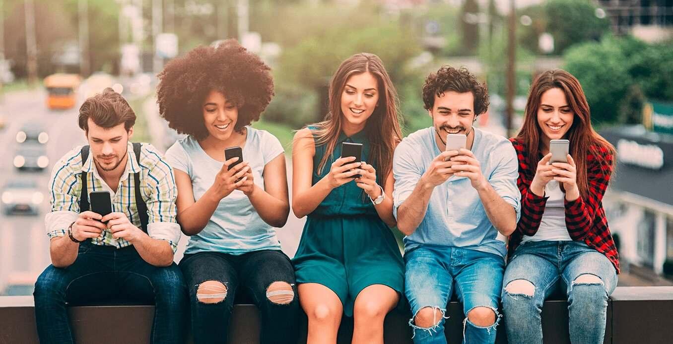 Estadísticas de Usuarios Peruanos en las Redes sociales 2021